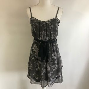 American Eagle Gray Floral Dress Sz 6